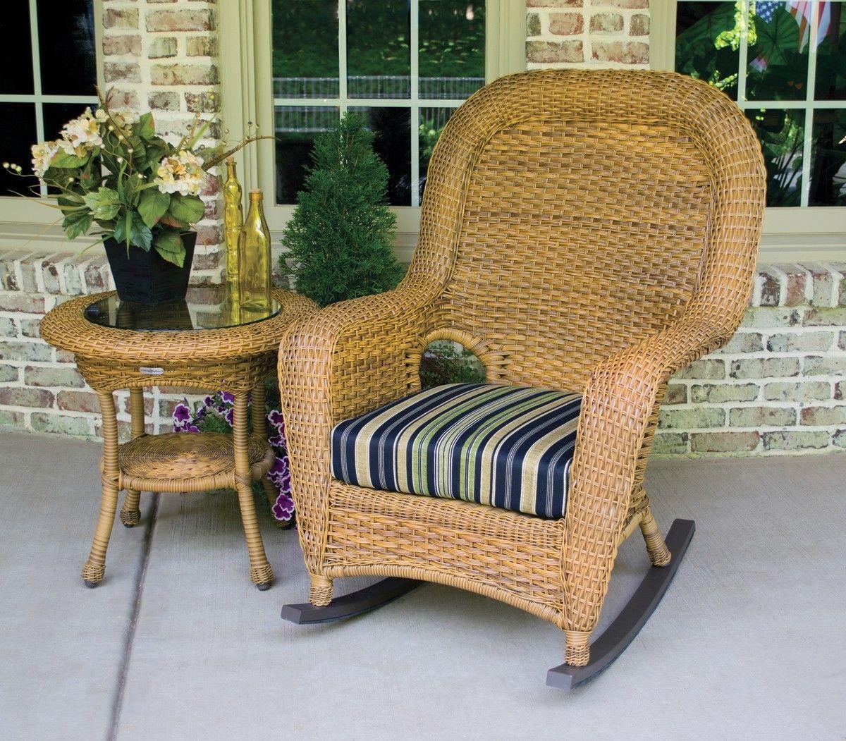 #78 - Outdoor Patio Garden Furniture Mojave Resin Wicker Rocking Chair & Table Bundle in Vera Cruz
